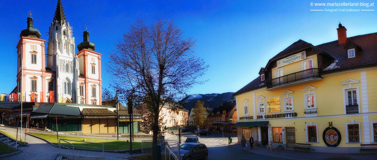 Apotheke-Gnadenmutter-Basilika-Pano