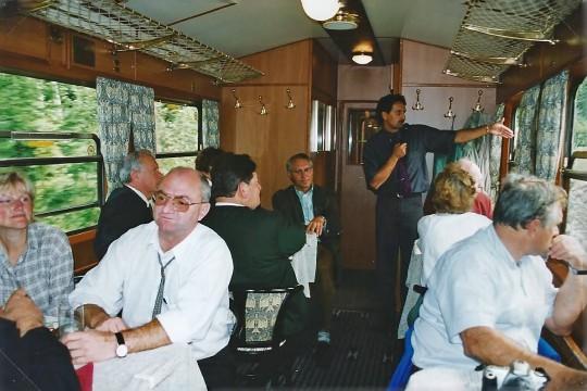 Nostalgiezug Salonwagen Panoramic 760 mit Manfred Seebacher vorne Links und Johann Kleinhofer mit Mikro
