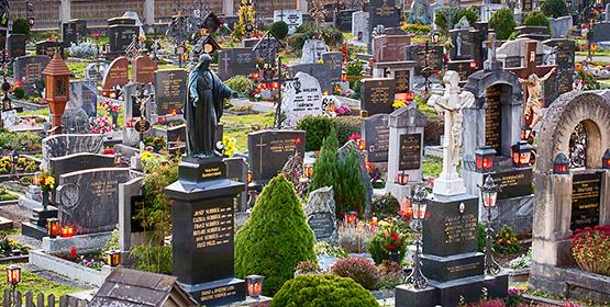 Allerheiligen_Allerseelen_Friedhof_Mariazell_Titel_7390