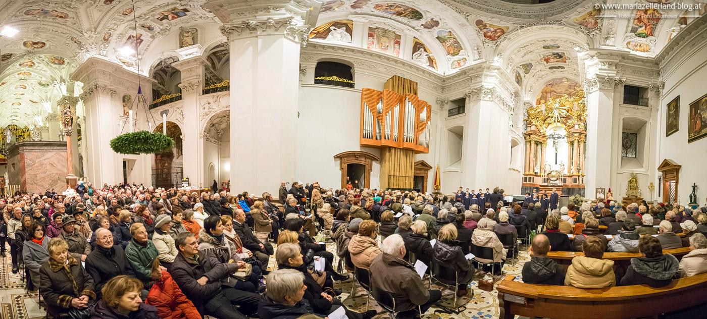 Wiener-Saengerknaben-Advent-Mariazell-2014-IMG_0002_stitch