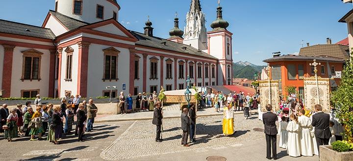 Fronleichnam-Prozession-Mariazell-Titel