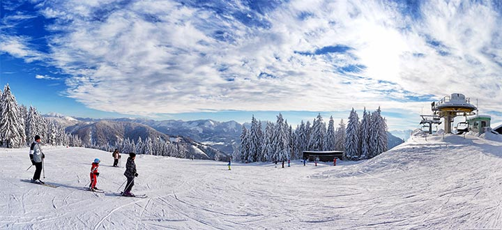 Buergeralpe-Hofstatt-Panorama-©-mariazellerland-blog