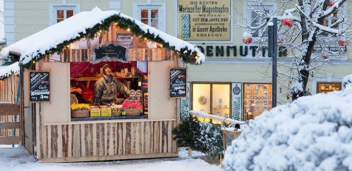 Mariazell-Advent-Eroeffnungsdonnerstag-Huetten-Schnee-2015-5529