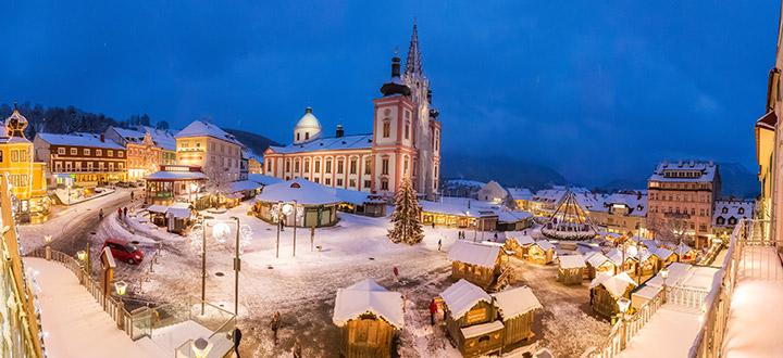 Mariazell-Advent-Eroeffnungsdonnerstag-Schnee-2015-2