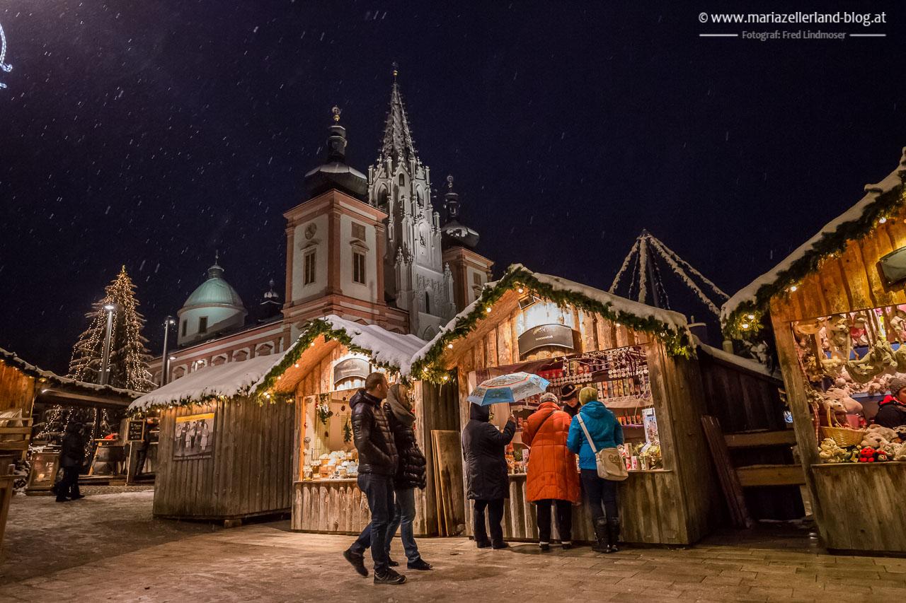 Mariazell_Advent_Eroeffnungsdonnerstag_Schnee_2015-5736