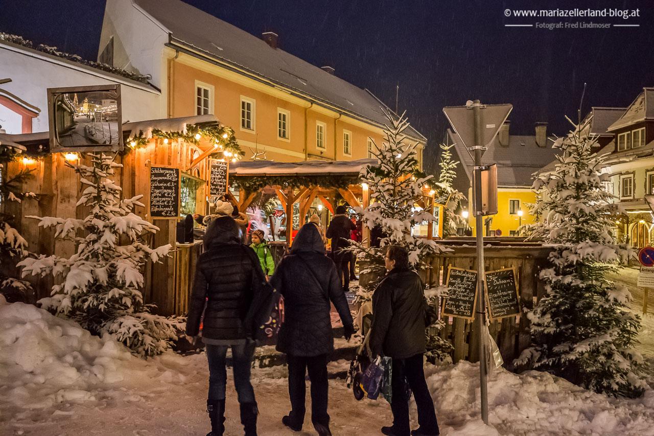 Mariazell_Advent_Eroeffnungsdonnerstag_Schnee_2015-5743