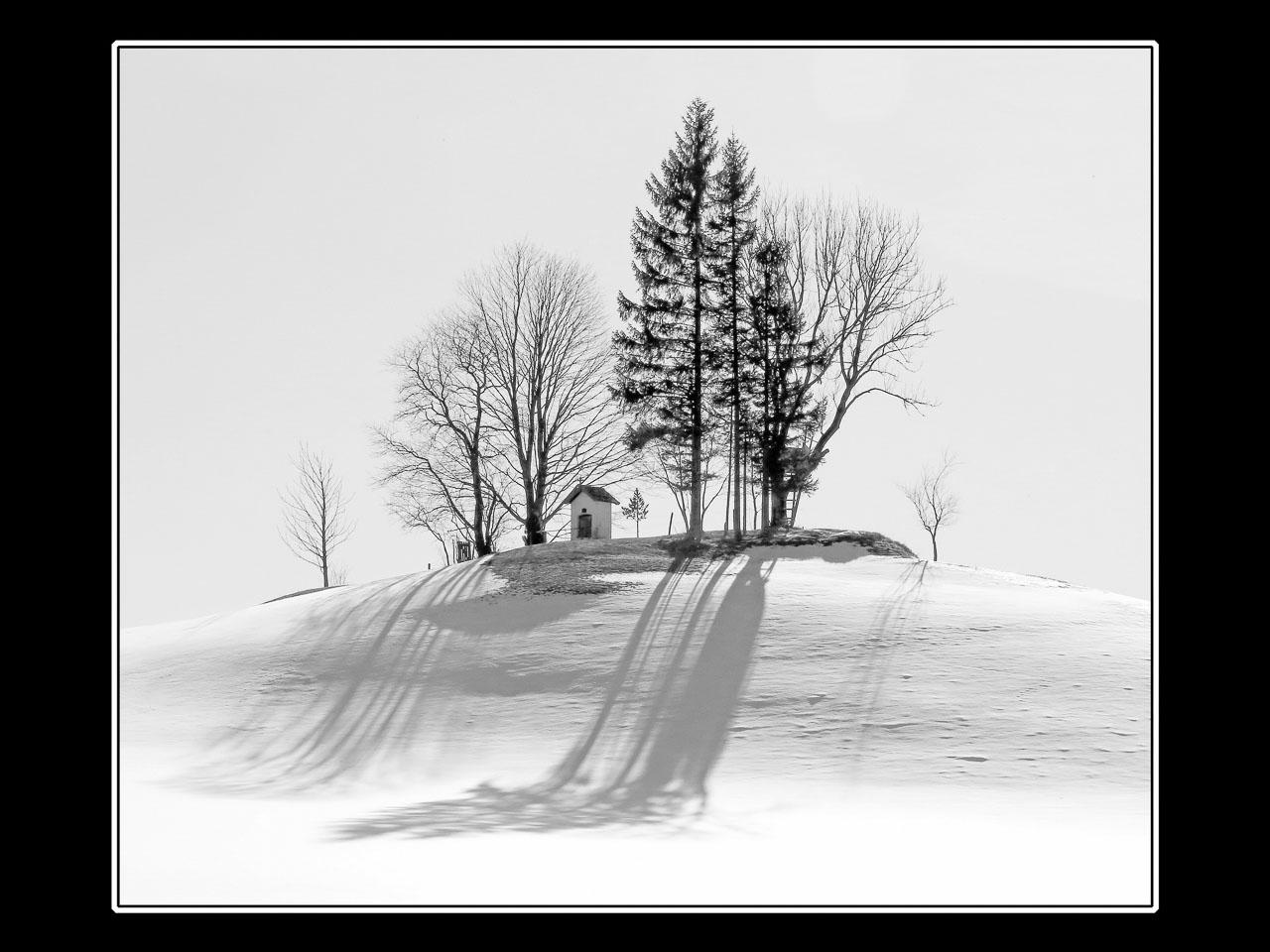 SW470016-2_Johann_H_lblinger_Marterl_im_Winter