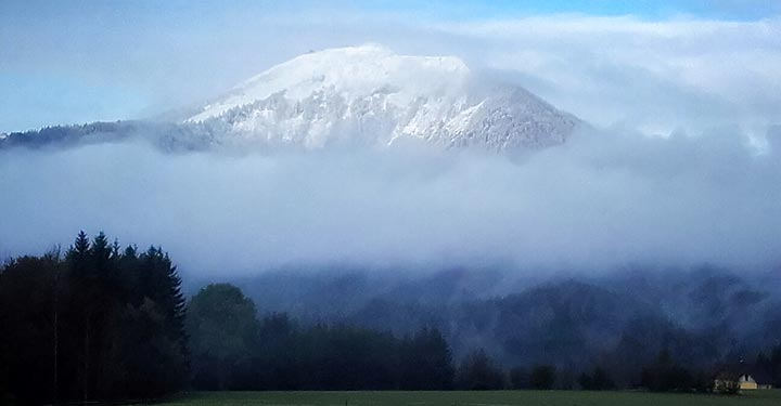 gemeindealpe-im-nebel
