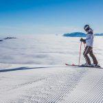 Skitag auf der Gemeindealpe mit Blick auf ein Nebelmeer