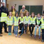 GEMEINSAM.SICHER - Warnwesten für Volksschule & Kindergarten in Mariazell