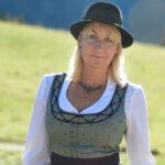 Mariazeller Festtagstracht - Infos von Angela Doberer